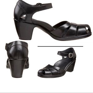Nwot Dansko 8 Bliss black Napa leather Mary Jane
